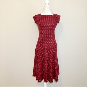 EUC Lands' End fit and flare dress size 2-4